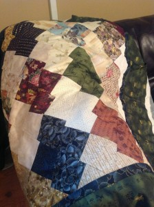 This is a Japanes Jigsaw Quilt I mad for my sister a few years ago.